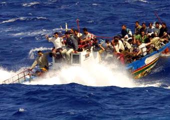 1410802924-0-gli-scafisti-hanno-affondato-il-barcone